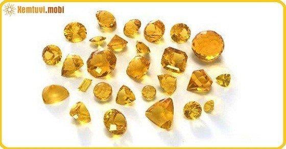 Mệnh Kim hợp đá quý màu gì?