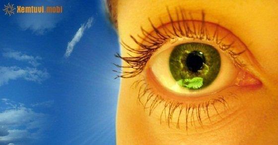 Nháy mắt phải ở nam là điềm gì?
