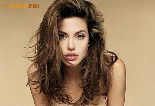 Cách nhận biết đàn ông, phụ nữ thông minh qua tướng môi