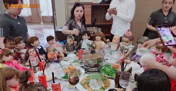 Đám cưới với những vị khách kumanthong được phụ vụ như người bình thường