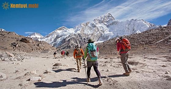 Nằm mơ thấy leo núi là điềm tốt hay xấu?