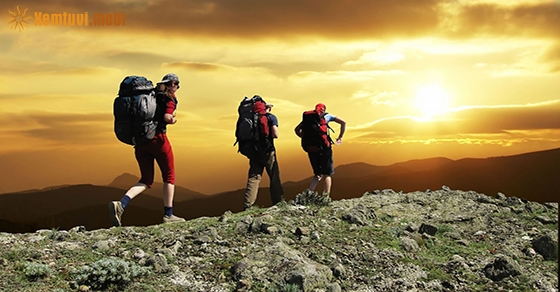 Nằm mơ thấy leo núi đánh con gì chuẩn nhất?