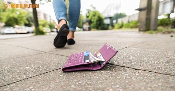 Giải mộng chiêm bao thấy mất tiền là có điềm báo gì?